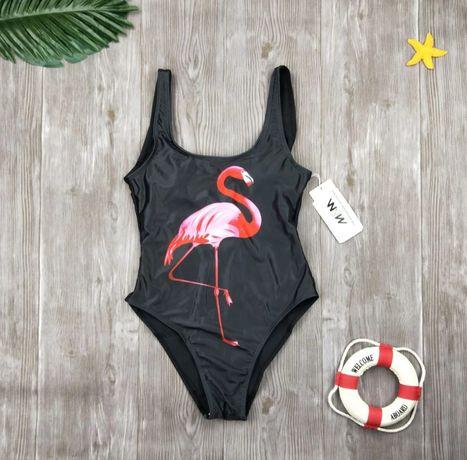 Купальник сдельный слитный черный с фламинго