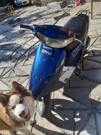 Продам Honda dio 35