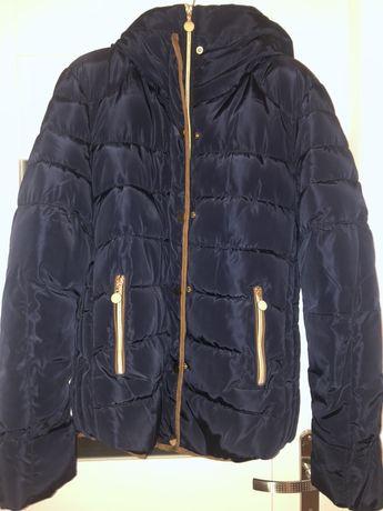 Granatowa ciepła kurtka z misiem w środku
