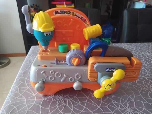 Brinquedo bilingue Chicco