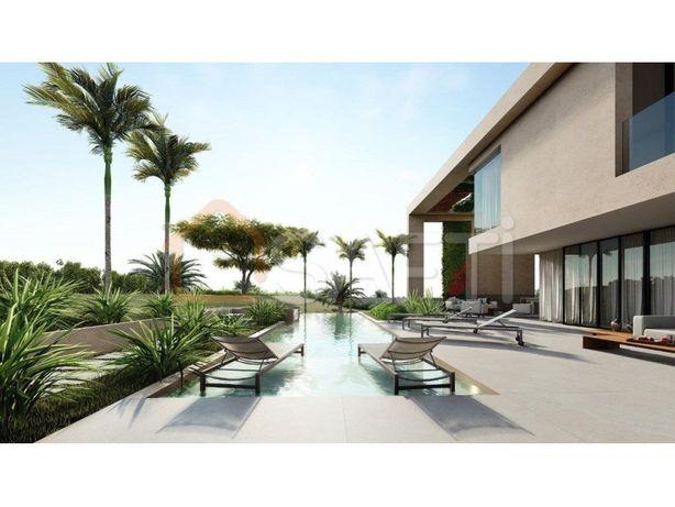 Lote 'Prime' para construção de Moradia 500 m2