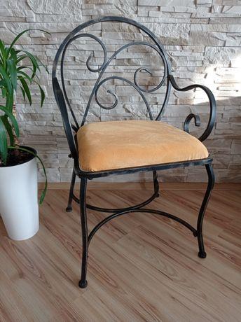 Krzesło metaloplastyka