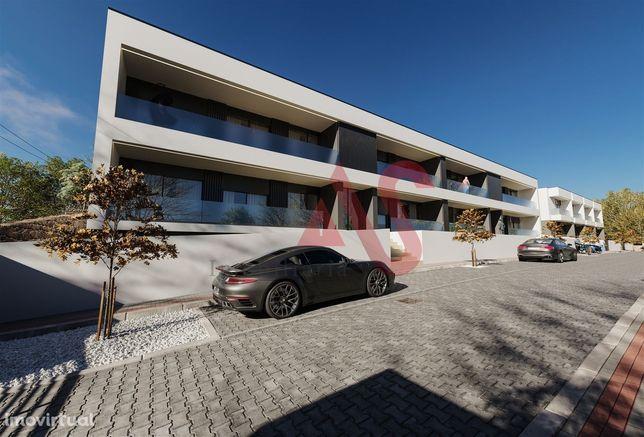 Apartamento T2 com logradouro em Abade Neiva, Barcelos
