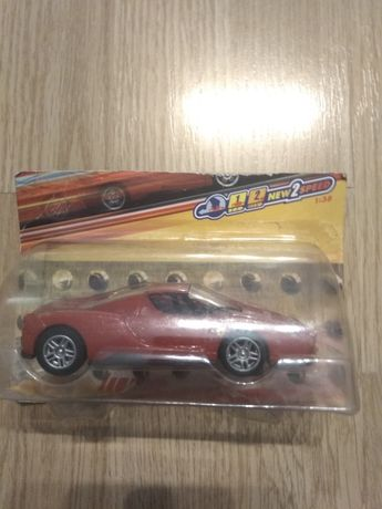 Ferrari  Enzo Shell Hot Wheels Mattel skala 1:38