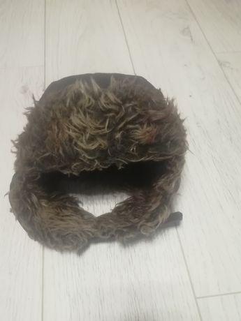 Ciepla czapka futrzak F&F rozmiar 4-8 lat rękawiczki gratis
