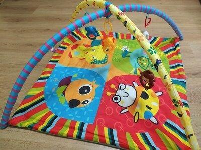 Дитячі розвиваючі іграшки( килимки)