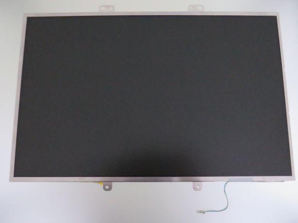 LCD LP154W01 (TL)(E3)