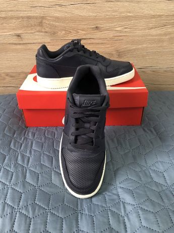 Кроссовки Nike ebernow low