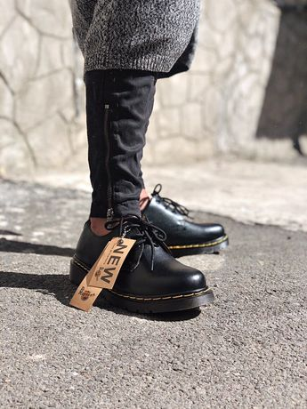 Туфли мужские женские Dr. Martens 1461 черные кожаные.
