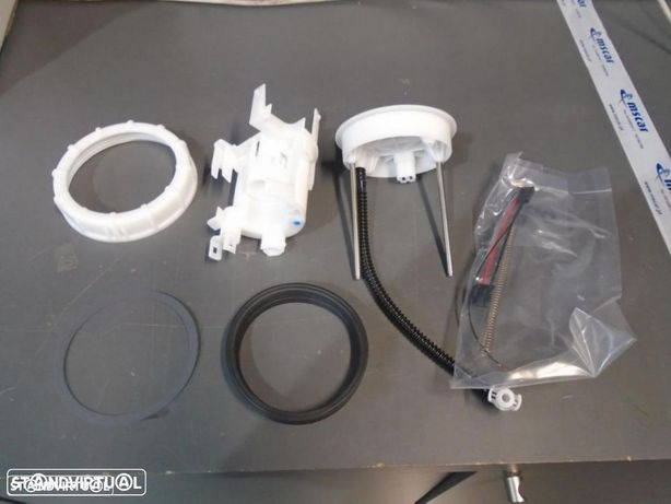 17048SWWE00 - Boia de Combustivel - Honda CR-V (Novo/Original)
