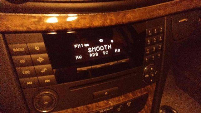 Vendo RADIO Original Audio-20-cd para Mercedes w211-s211 - Não roubado