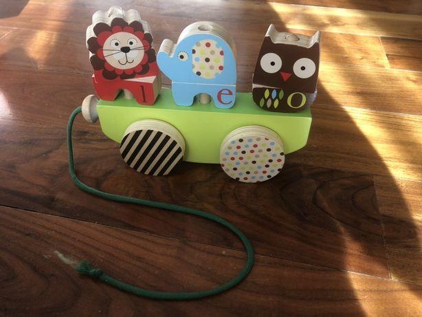 Zabawka pojazd do ciągnięcia dla dzieci Skip-Hop