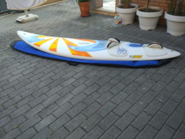 Prancha Windsurf Fanatic Goya 255 e retranca