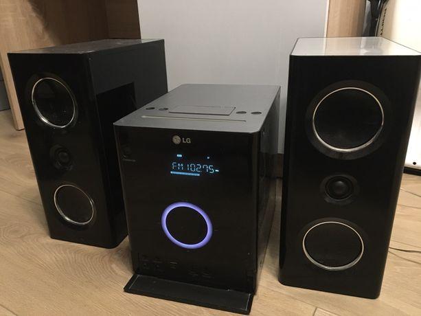 Wieża LG FB163 - świetny dźwięk i bas