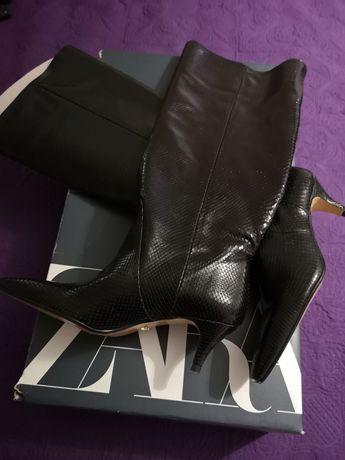 Botas pretas de couro marca Zara novas com etiqueta e caixa