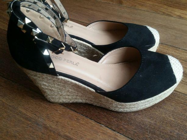 Buty na koturnie, sandały, rozmiar 40.