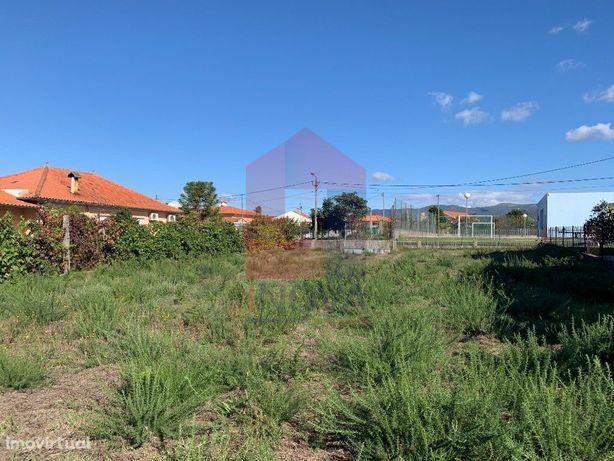 Terreno para construção em Lanhas, Vila Verde!