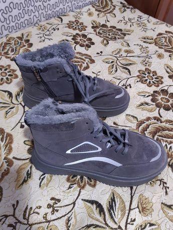 Ботинки 38р, осень-зима, женские.