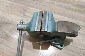Тиски поворотные 80 мм СССР