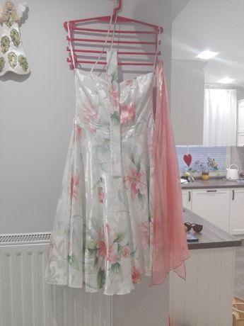 Sukienka z tiulem rozmiar 38