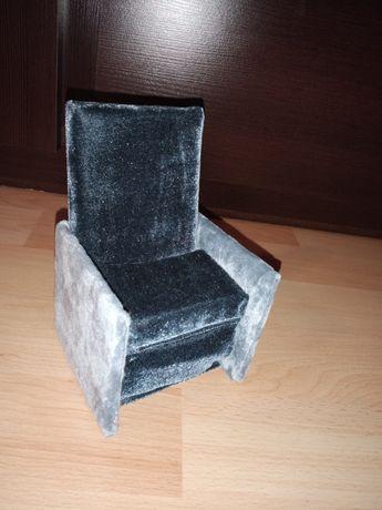 Fotel rozkładany dla lalek