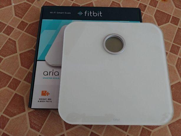 Умные весы Fitbit Aria