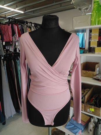 Hurtownia damskiej odzieży używanej