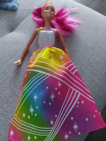 Barbie tęczowa księżniczka