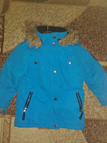 СРОЧНО!!!Детская димесезонная курточка для мальчика на 4-5 лет