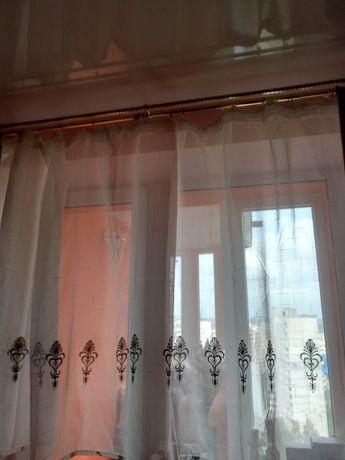 Симпатичные шторы на кухню