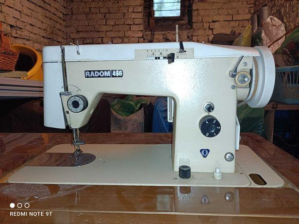 Maszyna do szycia ŁUCZNIK RADOM 466 -SZAFKOWA