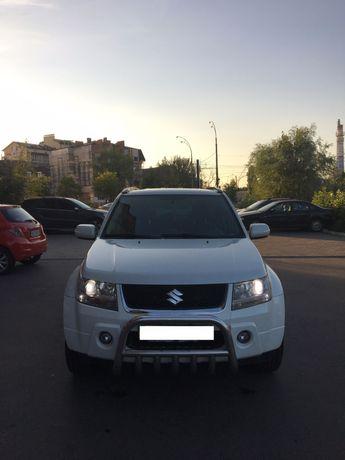 Автомобіль Suzuki Grand Vitara