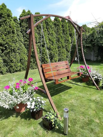 Huśtawka ogrodowa metalowa gięta z profilu