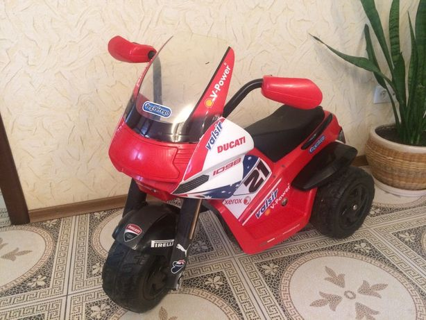 Игрушка детский мотоцикл Peg perego
