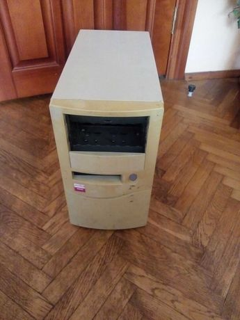 Продам компютерний ящик