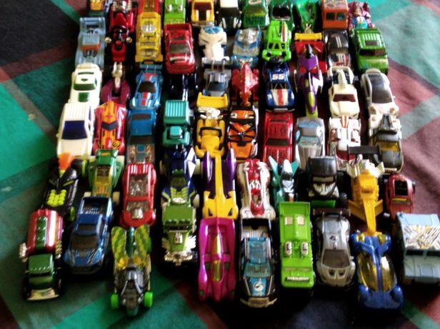 Машинки Hotwhells