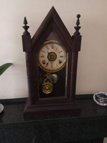 Relógio Reguladora de mesa, modelo Batalha todo original dos anos 40