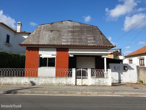 House/Villa/Residential em Aveiro, Águeda REF:3242
