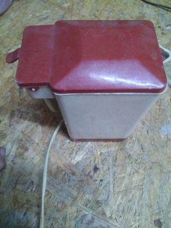 Дорожный чайник электрический