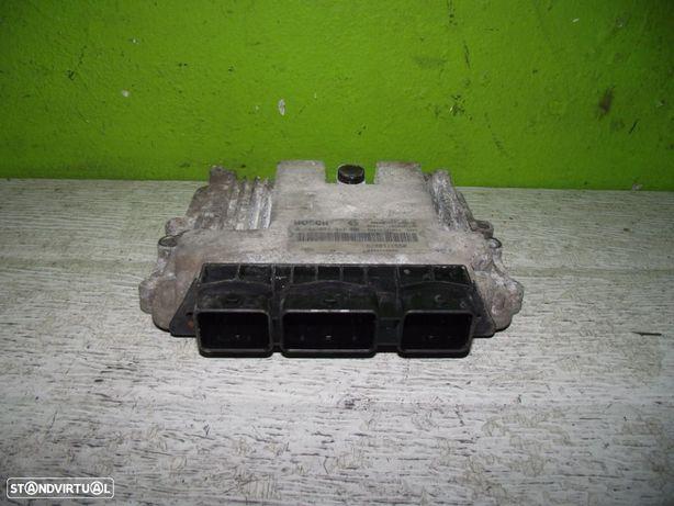 PEÇAS AUTO - Renault Master - Centralina - CT346