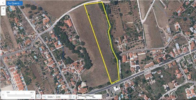 Terreno 1,8 ha parcialmente urbanizável - Quinta do Anjo - Cabanas