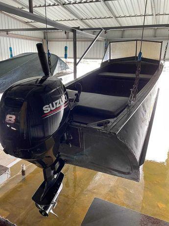 Лодка казанка с мотором
