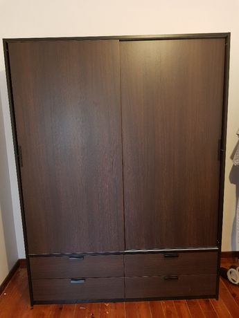 Roupeiro IKEA Trysil