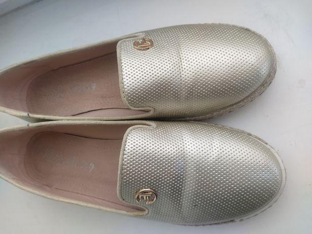 Лоферы, балетки, обувь на весну-осень