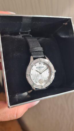 Часы Versace swarovski