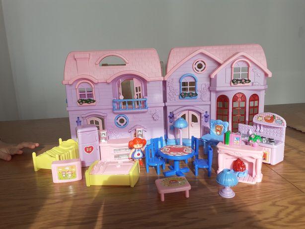 Domek dla lalek z meblami,dzwiekiem