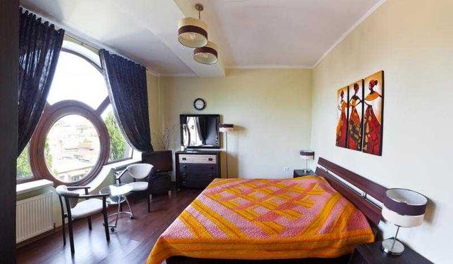 трехкомнатная квартира посуточно в самом центре Одессы