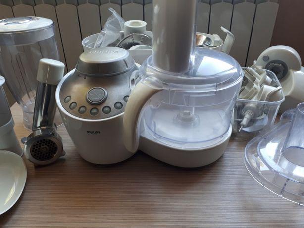 Кухонный комбайн Philips HR7768