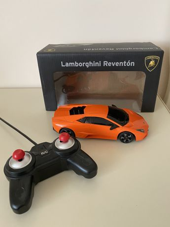 Машинка на управлении Lamborgini Reventon