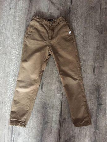 Spodnie Reserved rozmiar 146 cm